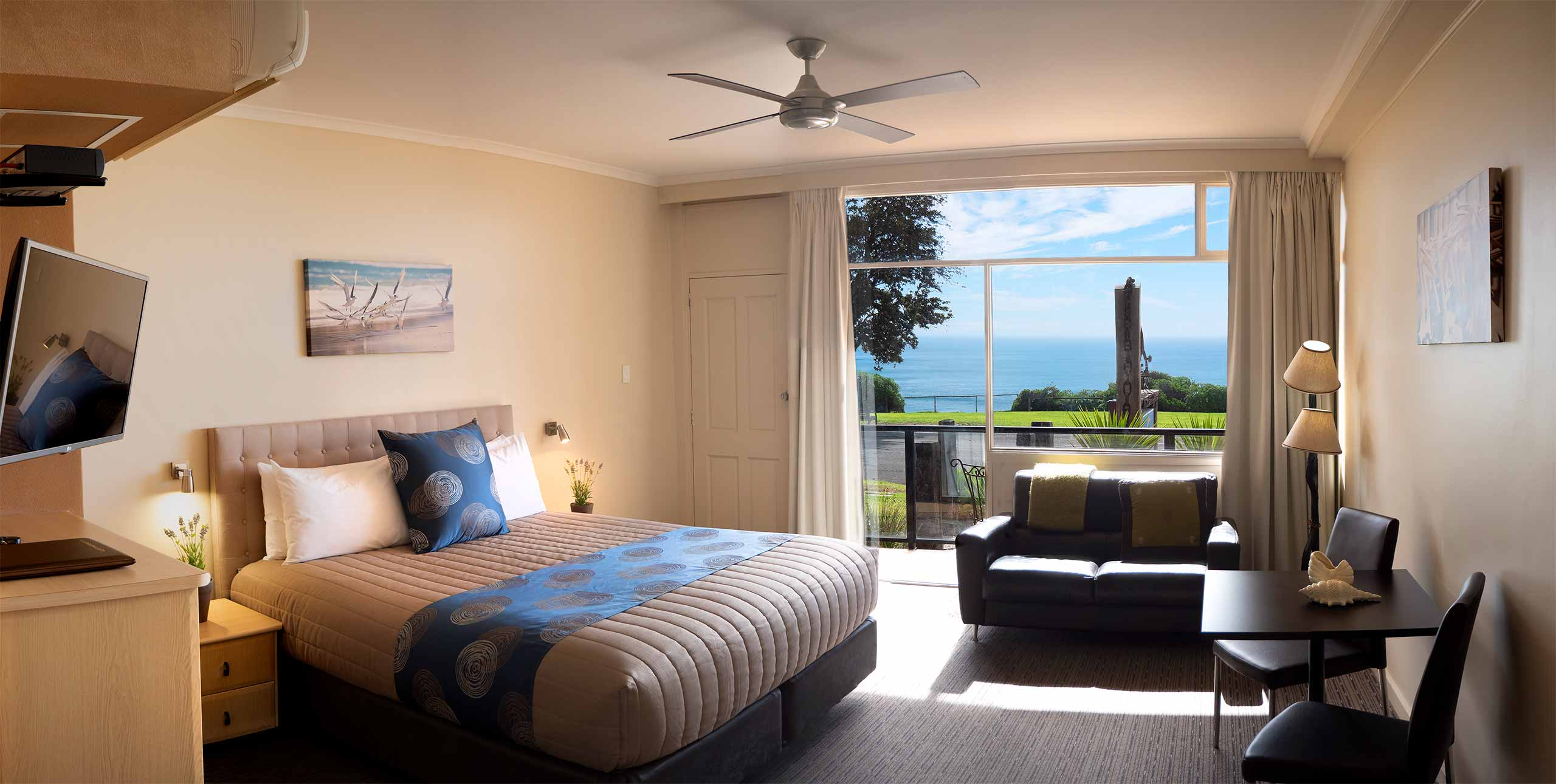 seafront-room-72